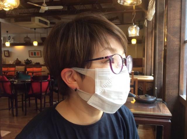 数量限定  不織布使い捨てマスク 一箱50枚入二箱セット(1枚60円、税込、送料込)