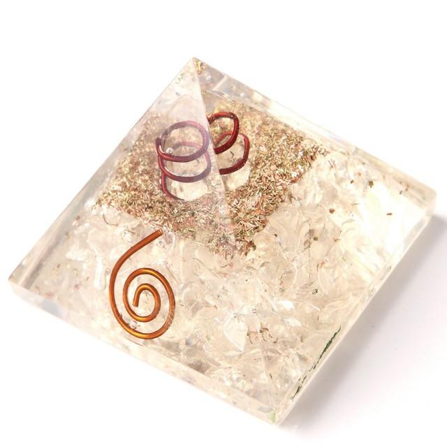 水晶使用 水晶単結晶入り オルゴナイトピラミッド 大人気スピリチュアルグッズ 幅約55mm前後