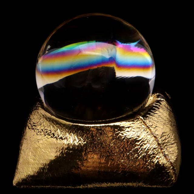 アイリスクォーツ 丸玉 水晶 虹入り AAA 天然 直径約52mm 座布団付き レインボー パワーストーン 天然石