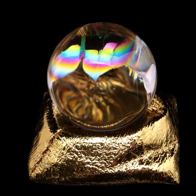 アイリスクォーツ 丸玉 水晶 虹入り AAA 天然 直径約36mm 座布団付き レインボー パワーストーン 天然石