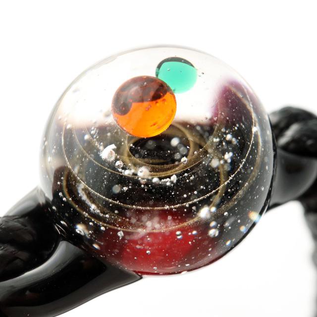 ガラスの中に宇宙を閉じ込めた 耐熱ガラス アート ブレスレット 惑星 銀河 幻想的 紐