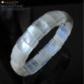 ムーンストーンバングル 1点物 高品質 ブルーに輝くシラー