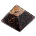 ガーネット使用 水晶単結晶入り オルゴナイトピラミッド 大人気スピリチュアルグッズ 幅約65-70mm前後