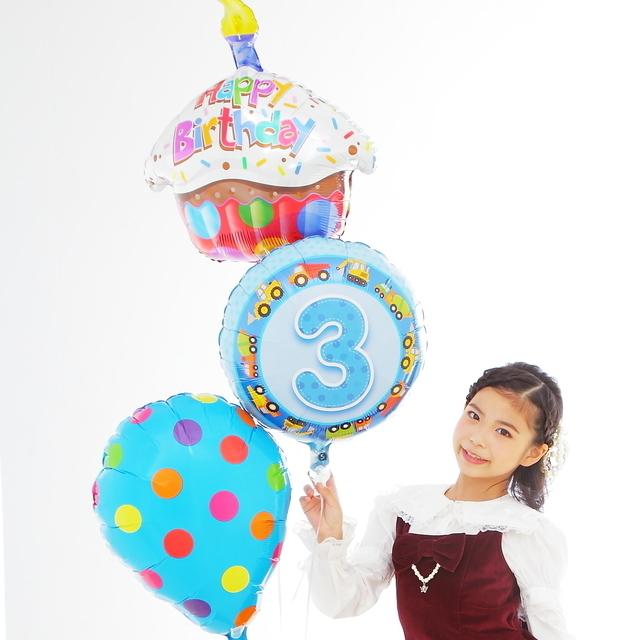 バルーンギフトお誕生日にお勧めカップケーキバルーン