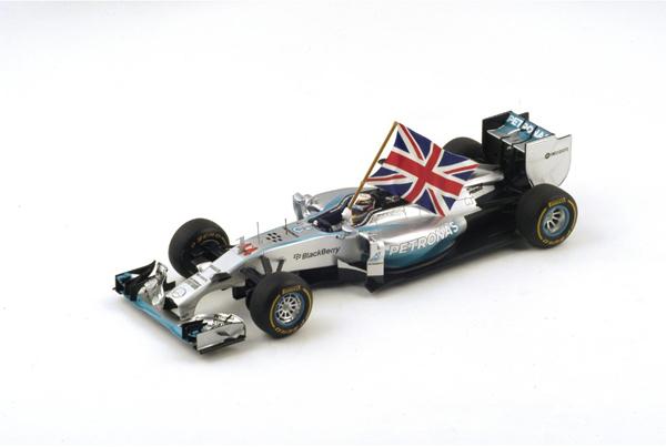 スパーク 1/18 メルセデス F1 W05 L.ハミルトン 2014年アブダビGP優勝 No.44