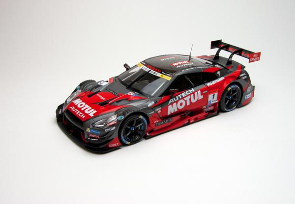 【SALE】エブロ 1/18 スーパーGT2015 モチュール オーテック MOTUL AUTECH  GT-R  2015 Champion Car No.1