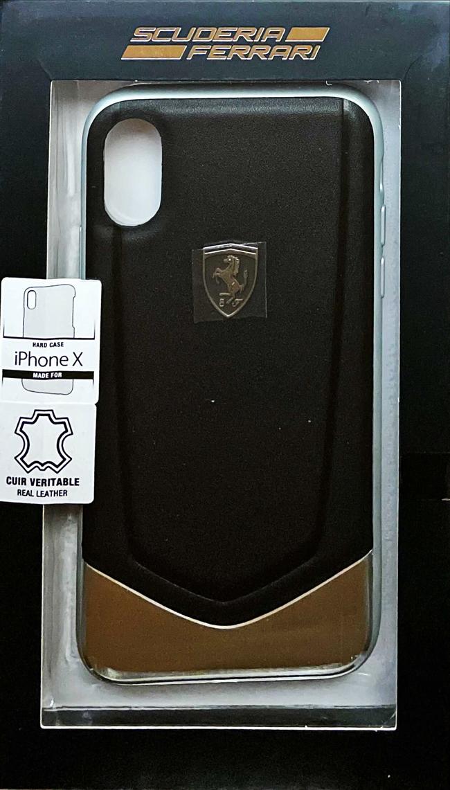 """フェラーリiPhoneX カバー """"Ferrari  HERITAGE - Hard Case with aluminium V stripe BLACK"""""""