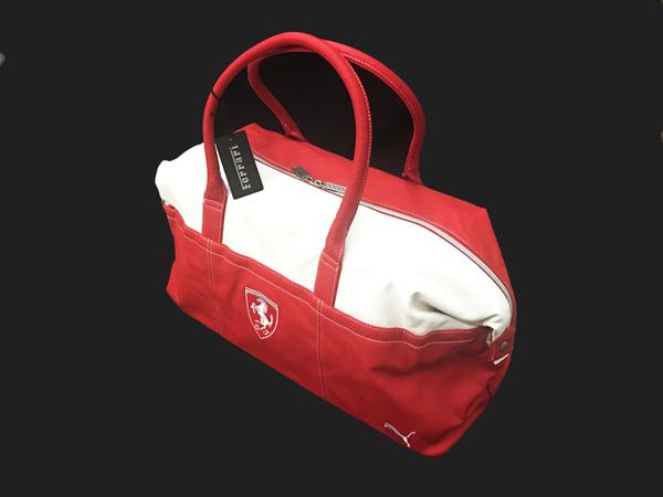 フェラーリ F1パドッククラブ ゲスト用 トラベルバッグ