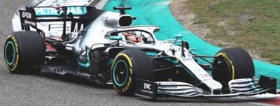 ミニチャンプス 1/18 メルセデス W10 L.ハミルトン 2019年中国GP優勝