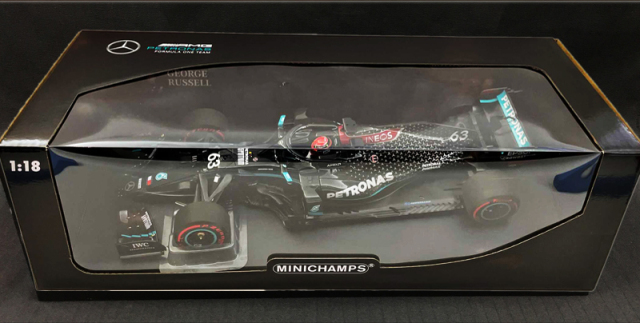 ミニチャンプス 1/18  メルセデス F1 W11 G.ラッセル サヒールGP 2020