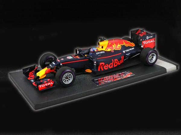 ミニチャンプス 1/18 レッドブル RB12 D.リカルド 2016年モナコGPポールポジション