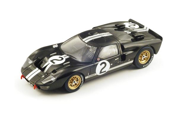 スパーク 1/18 フォード Mk II 1966年ルマン24時間レース優勝 B.マクラーレン-C.エイモン  No.2