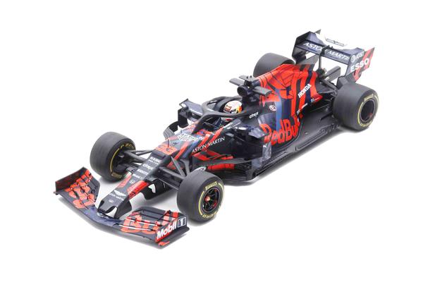 スパーク 1/18 レッドブルRB15 M.フェルスタッペン 2019年シルバーストーンテストカー No.33