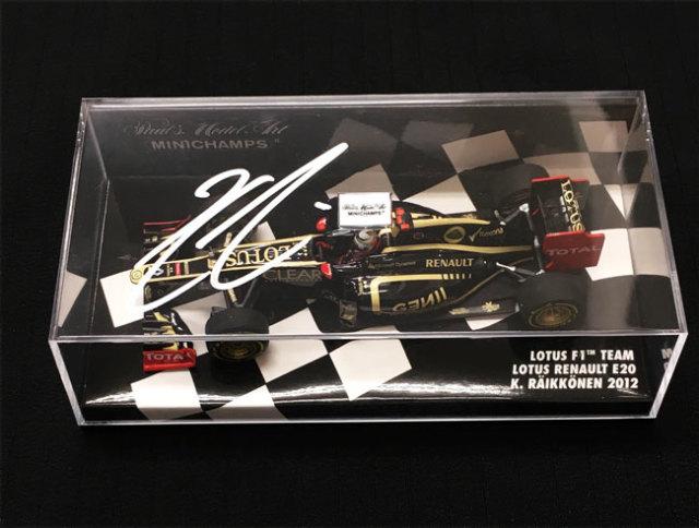 【祝F1 300GPプレゼント企画】K.ライコネン直筆サイン入 ミニチャンプス 1/43 ロータスE20 K.ライコネン