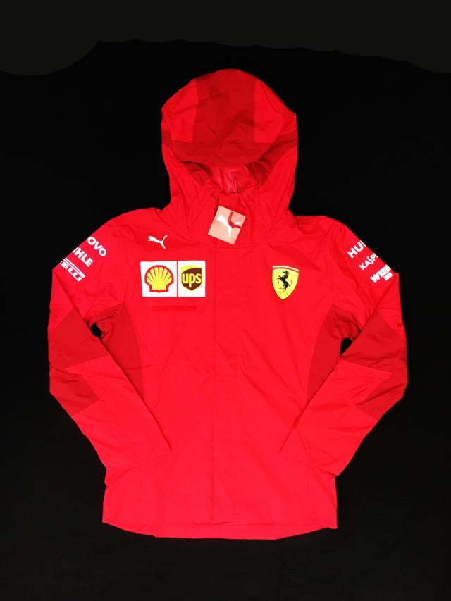 2019 フェラーリ(FERRARI F1) チーム支給品 チームスタッフレインジャケット MWロゴ無  新品 サイズS(大きめ)