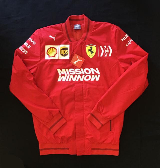 2019 フェラーリ(FERRARI F1) チーム支給品 チームスタッフ サマージャケット MWロゴ 新品 サイズM(大きめ)