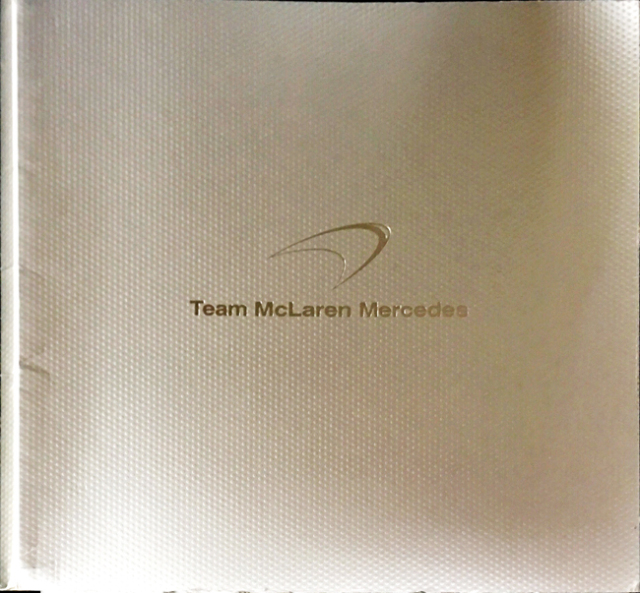 2005 マクラーレン MP4-20 公式プレスキット ドライバー:K.ライコネン&J.P.モントーヤ