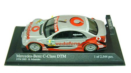 1/43 2005 DTM メルセデスベンツ CクラスNO.7 シュナイダー