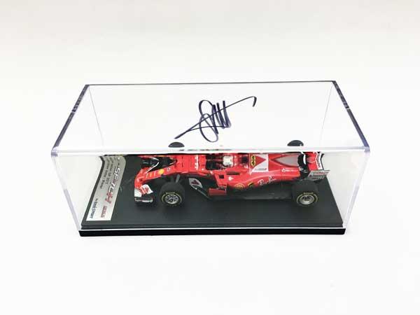 S.ベッテル直筆サイン入 ルックスマート 1/43 フェラーリ SF70H 2017年オーストラリアGP優勝