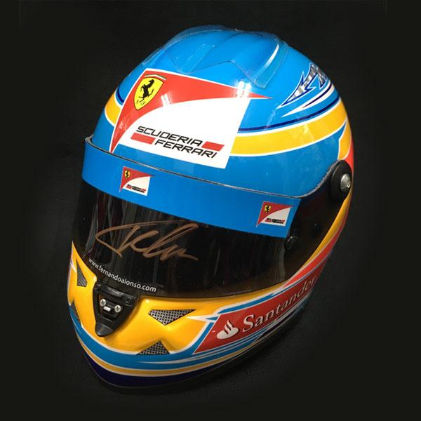 【オートグラフフェアー対象】F.アロンソ 直筆サイン入 1/2 フェラーリ 2012ヘルメット