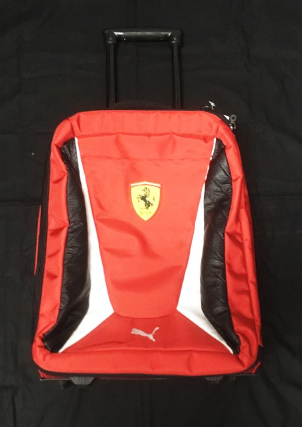 フェラーリ FERRARI F1チーム支給品 チームトロリー バッグ USED PUMA製
