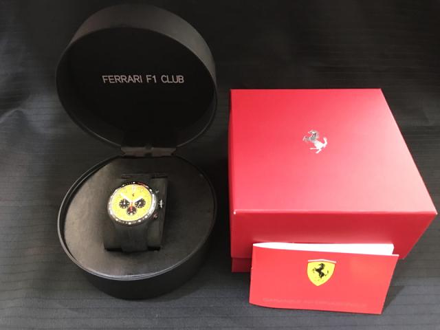 フェラーリ(FERRARI F1)F1パドッククラブ ゲスト用 クロノグラフウォッチ(専用タイヤ型ケース付)
