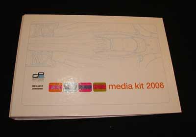 2006年GP2 メディアキット(ドライバーズカード付)