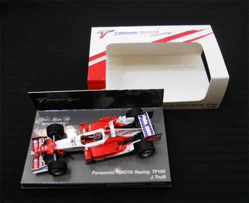 ミニチャンプス 1/43 TOYOTA(トヨタ) F1 TF105 トゥルーリ 限定TOYOTA(トヨタ)ボックス