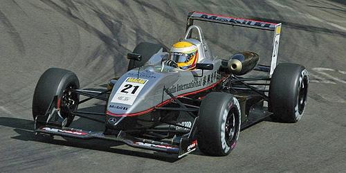 ミニチャンプス 1/43 ダラーラ メルセデス F302 L.ハミルトン 2004年マカオGP