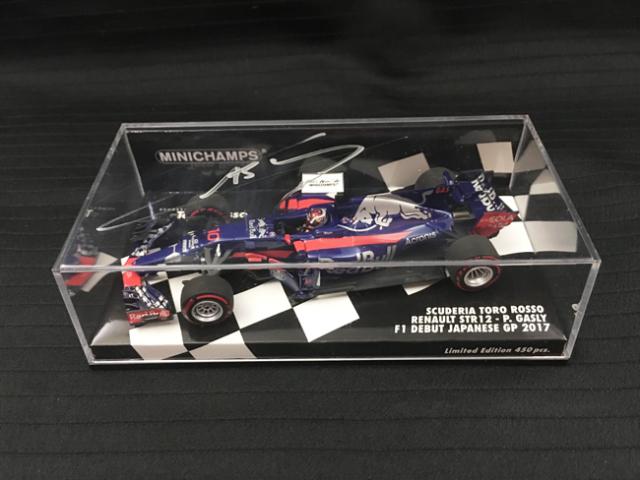P.ガスリー 直筆サイン入ミニチャンプス 1/43 トロロッソSTR12 P.ガスリー 2017年日本GP
