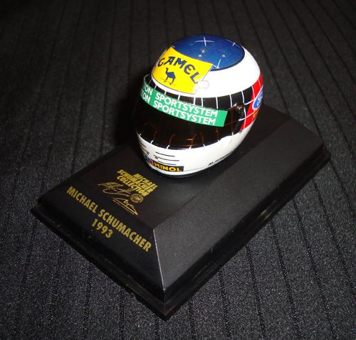 1/8 ミニヘルメット 1993 M.シューマッハ TYPEA 当店オリジナルタバコロゴモデル