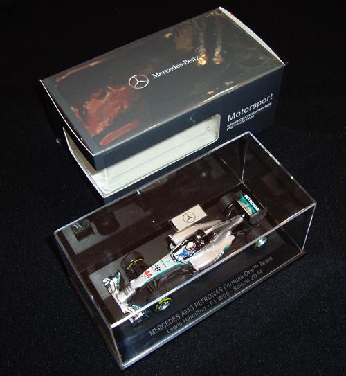 メルセデス別注品 ミニチャンプス 1/43 メルセデス W05 L.ハミルトン 2014年本戦 NO.44 並行輸入品