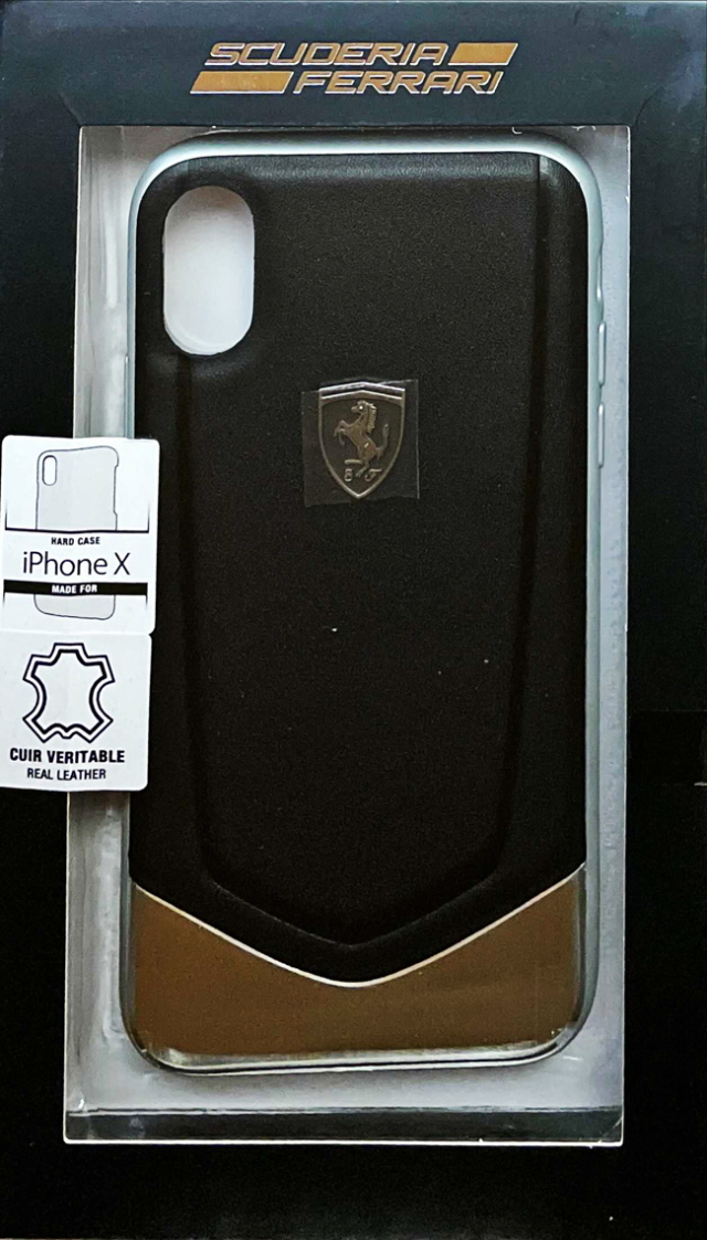 "フェラーリiPhoneX カバー ""Ferrari  HERITAGE - Hard Case with aluminium V stripe BLACK"""