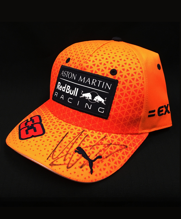M.フェルスタッペン 直筆サイン入 2019 PUMA レッドブル M.フェルスタッペン 限定オレンジ ドライバーズキャップ(ベースボールタイプ・市販品)