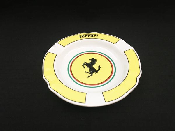 フェラーリ フィオラノ リストランテ・キャバリーノ使用イタリア製アシュトレイ(灰皿) ※イタリア リチャード・ジノリ社製 サイズ 直径14.5cm 小物入れにもどうぞ