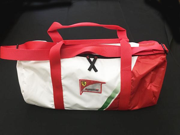 フェラーリ パドッククラブ ゲスト用 ボストンバッグ ※サイズ:52×21×25cm