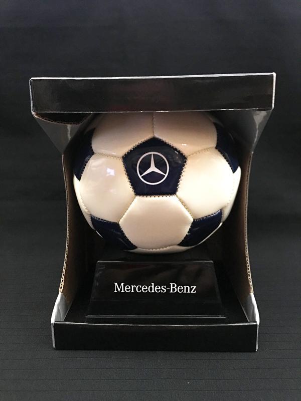 メルセデスベンツ ミニフットボール 直径 約13cm