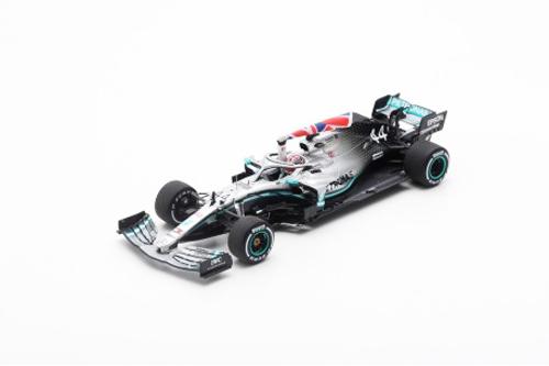 スパーク 1/43 メルセデスW10 L.ハミルトン 2019年イギリスGP優勝(With flag) No.44