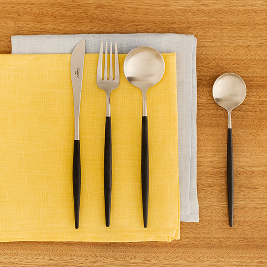 クチポールのカトラリー/ブラック ディナーナイフ