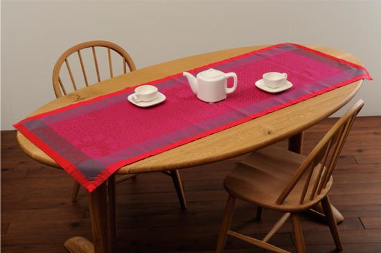 テーブルランナー フューシャ