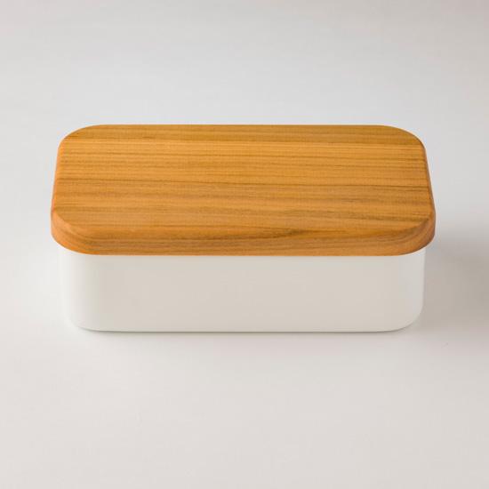野田琺瑯のバターケース