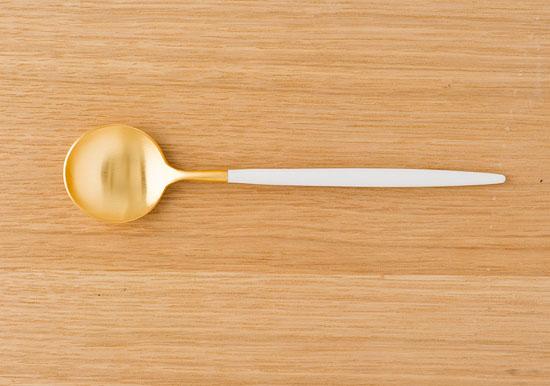 クチポールのカトラリー/ホワイト デザートスプーン