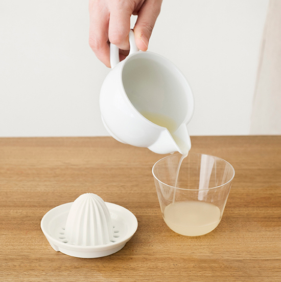 陶器のジューサー