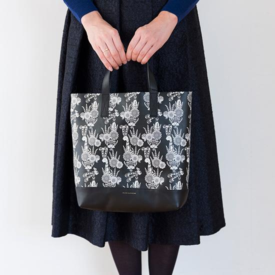 ハーパニエミのバッグ Mサイズ 黒