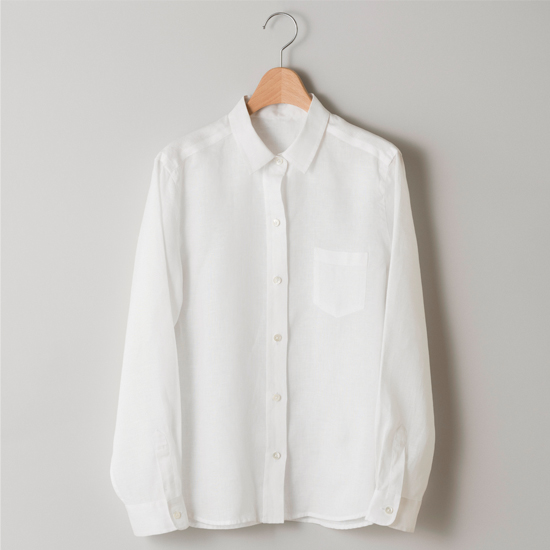 サフィランリネンのシャツ