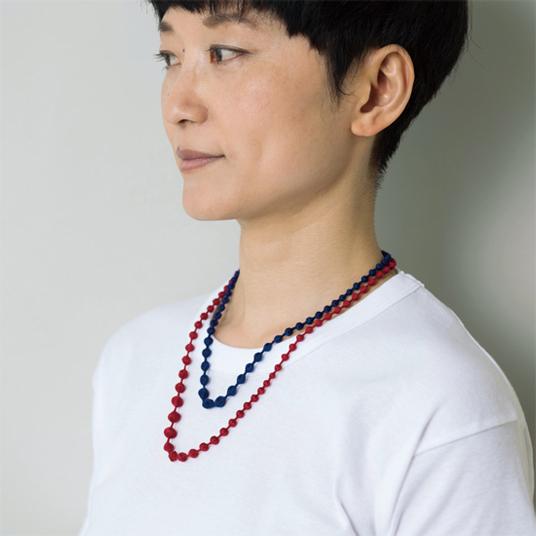 刺繍糸のネックレス