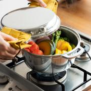 無水鍋 使用シーン