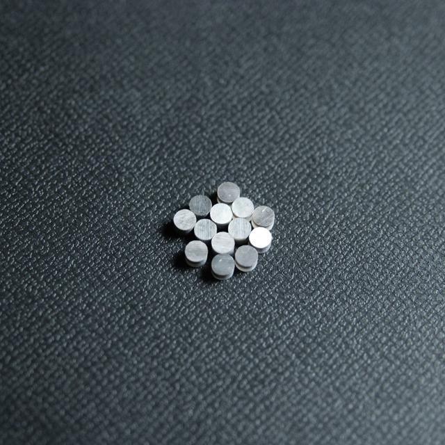 丸3mm 黒蝶貝 12個セット 厚さ2mm 装飾用 アクセント