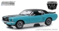 """[予約]グリーンライト 1/18 1967 Ford Mustang Coupe """"Ski Country Special"""" - Winter Park Turquoise"""