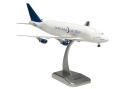 hogan wings 1/200 747-400LCF ドリームリフター